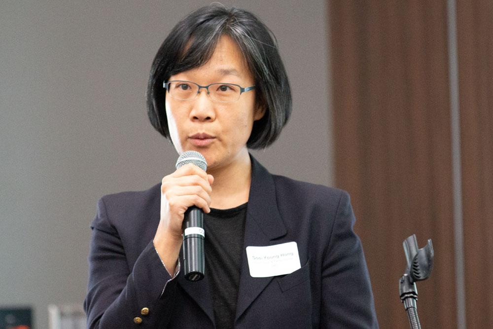 Soo-Young-Hong